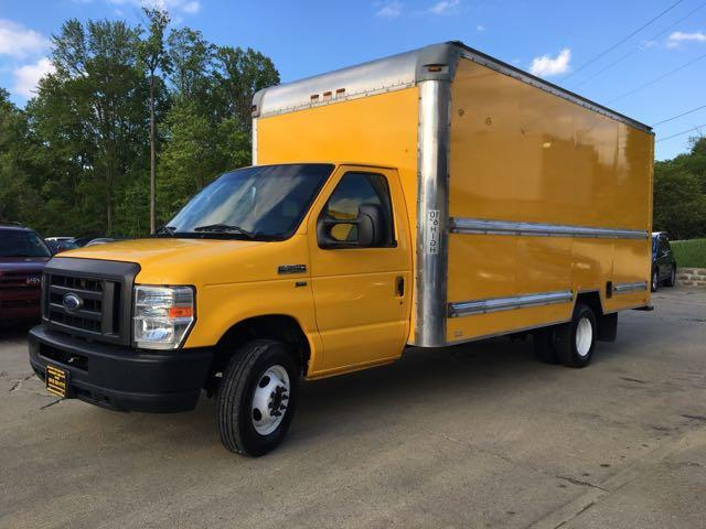 2011 Ford E-Series Van E-350 - Photo 11 - Cincinnati, OH 45255