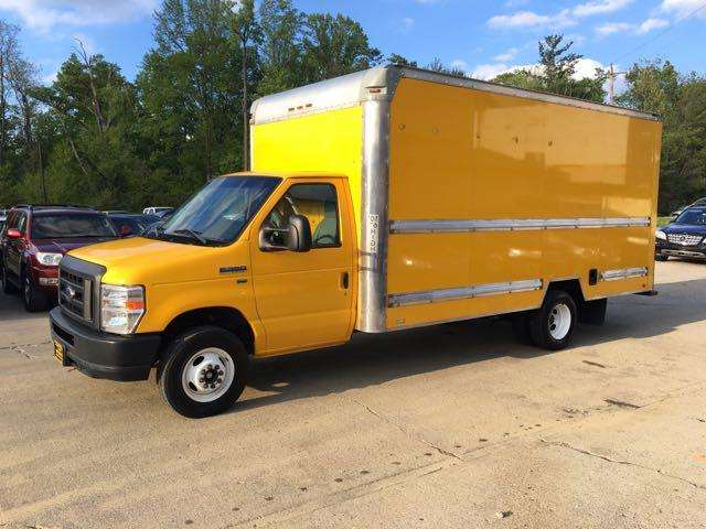 2011 Ford E-Series Van E-350 - Photo 3 - Cincinnati, OH 45255