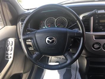 2004 Mazda Tribute ES-V6 - Photo 16 - Cincinnati, OH 45255