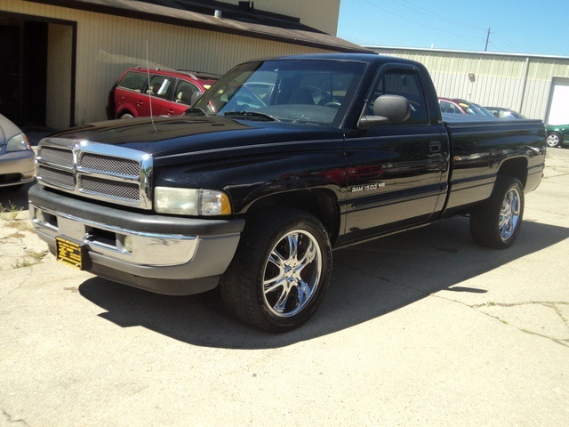 2001 dodge ram 1500 slt for sale in cincinnati oh stock tr10093. Black Bedroom Furniture Sets. Home Design Ideas