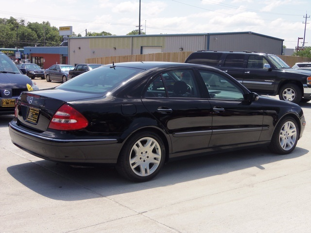 Used 2003 mercedes benz e500 for sale in cincinnati oh for Cincinnati mercedes benz