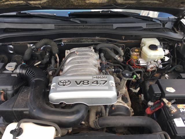 2004 Toyota 4Runner SR5 - Photo 34 - Cincinnati, OH 45255