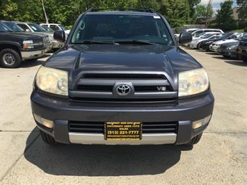 2004 Toyota 4Runner SR5 - Photo 2 - Cincinnati, OH 45255