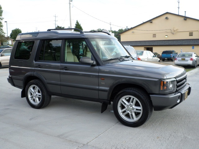 2003 land rover discovery se for sale in cincinnati oh. Black Bedroom Furniture Sets. Home Design Ideas
