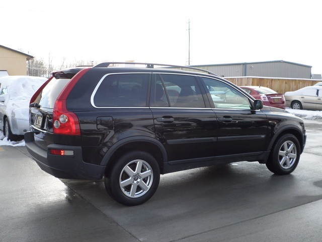 2005 volvo xc90 2 5t for sale in cincinnati oh stock. Black Bedroom Furniture Sets. Home Design Ideas