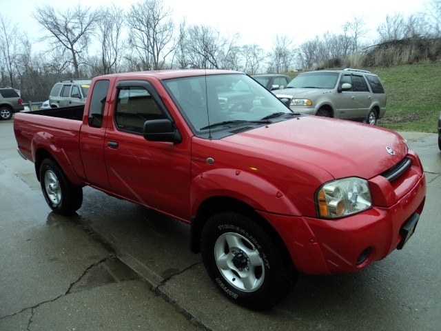 2002 nissan frontier sc v6 for sale in cincinnati oh. Black Bedroom Furniture Sets. Home Design Ideas