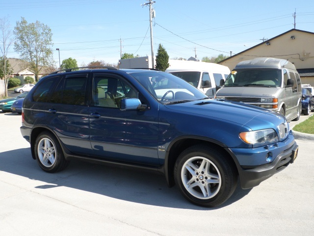 2002 bmw x5 for sale in cincinnati oh stock 11555. Black Bedroom Furniture Sets. Home Design Ideas