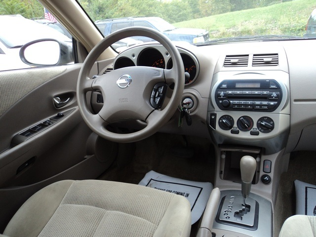 Nissan Altima 2004 Interior Images Galleries With A Bite