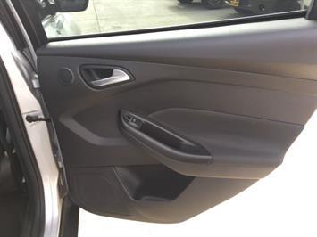 2012 Ford Focus Titanium - Photo 27 - Cincinnati, OH 45255