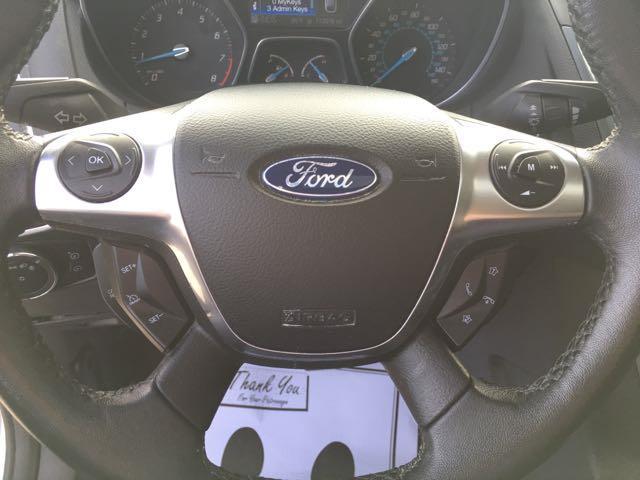 2012 Ford Focus Titanium - Photo 16 - Cincinnati, OH 45255