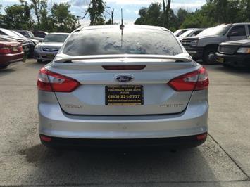 2012 Ford Focus Titanium - Photo 5 - Cincinnati, OH 45255