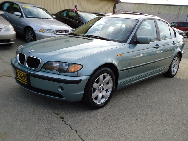 2003 BMW 325i for sale in Cincinnati OH  Stock  10834