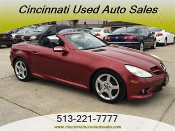 2005 Mercedes-Benz SLK 350 - Photo 1 - Cincinnati, OH 45255