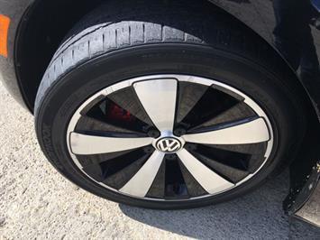 2014 Volkswagen Beetle-Classic R-Line PZEV - Photo 31 - Cincinnati, OH 45255
