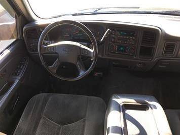 2005 Chevrolet Silverado 3500 LS 4dr Crew Cab - Photo 7 - Cincinnati, OH 45255