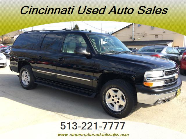 2005 Chevrolet Suburban 1500 LT - Photo 1 - Cincinnati, OH 45255