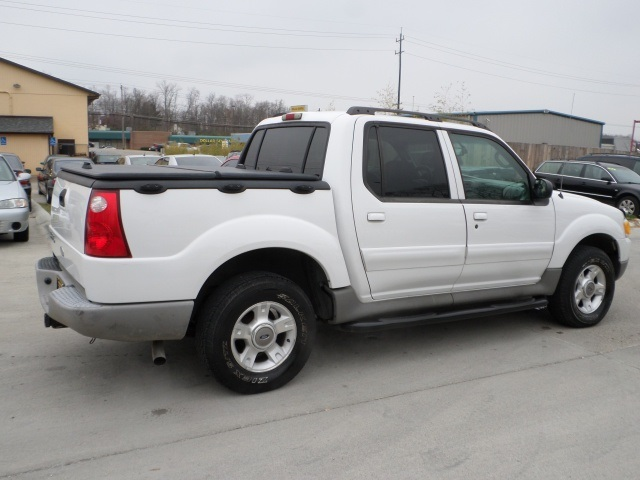 2003 ford explorer sport trac xls for sale in cincinnati. Black Bedroom Furniture Sets. Home Design Ideas