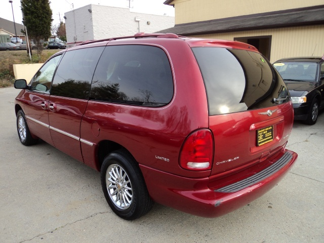 2000 chrysler town country limited. Black Bedroom Furniture Sets. Home Design Ideas