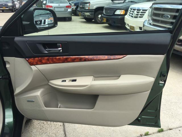2012 Subaru Outback 2.5i Limited - Photo 23 - Cincinnati, OH 45255