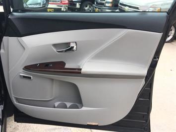 2012 Toyota Venza Limited - Photo 23 - Cincinnati, OH 45255