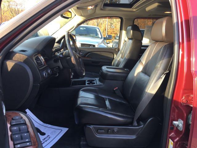 2007 Chevrolet Suburban LT 1500 4dr SUV - Photo 14 - Cincinnati, OH 45255