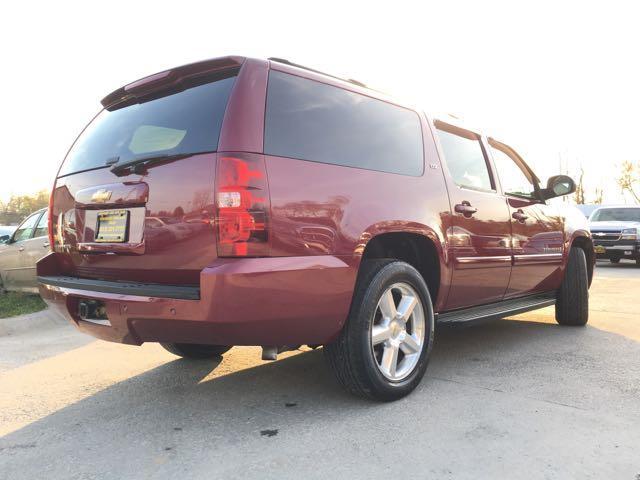 2007 Chevrolet Suburban LT 1500 4dr SUV - Photo 13 - Cincinnati, OH 45255