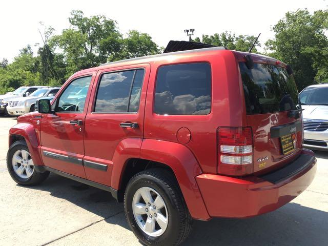 2010 Jeep Liberty Sport - Photo 13 - Cincinnati, OH 45255