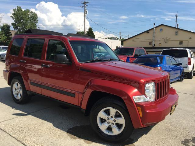 2010 Jeep Liberty Sport - Photo 11 - Cincinnati, OH 45255