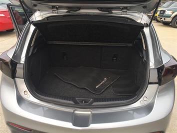 2013 Mazda Mazdaspeed3 Touring - Photo 27 - Cincinnati, OH 45255