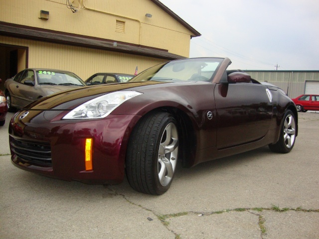 2006 nissan 350z grand touring for sale in cincinnati oh. Black Bedroom Furniture Sets. Home Design Ideas