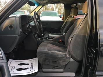 2002 Chevrolet Silverado 1500 LS 4dr Crew Cab - Photo 13 - Cincinnati, OH 45255