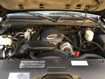 2002 Chevrolet Silverado 1500 LS 4dr Crew Cab - Photo 29 - Cincinnati, OH 45255