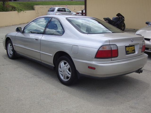 1996 honda accord ex for sale in cincinnati oh stock. Black Bedroom Furniture Sets. Home Design Ideas