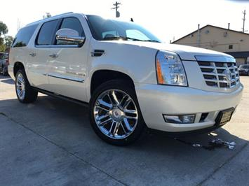 2009 Cadillac Escalade ESV - Photo 11 - Cincinnati, OH 45255