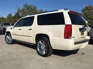 2009 Cadillac Escalade ESV - Photo 13 - Cincinnati, OH 45255