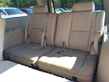 2009 Cadillac Escalade ESV - Photo 17 - Cincinnati, OH 45255