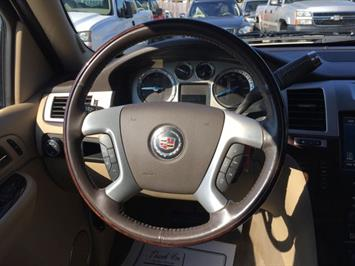 2009 Cadillac Escalade ESV - Photo 19 - Cincinnati, OH 45255