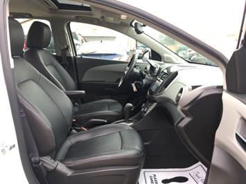2014 Chevrolet Sonic LTZ Auto - Photo 8 - Cincinnati, OH 45255