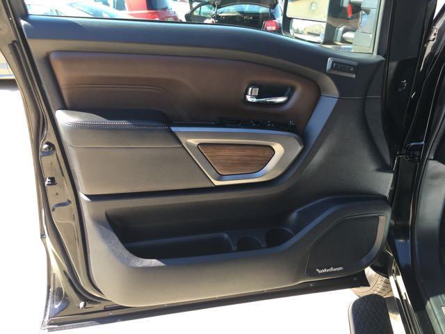 2016 Nissan Titan XD Platinum Reserve - Photo 29 - Cincinnati, OH 45255