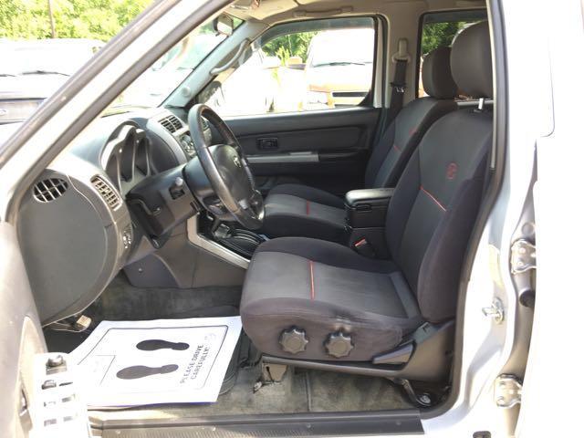 2004 Nissan Frontier SC-V6 4dr Crew Cab SC-V6 - Photo 14 - Cincinnati, OH 45255