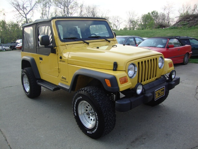 2004 jeep wrangler sport for sale in cincinnati oh. Black Bedroom Furniture Sets. Home Design Ideas