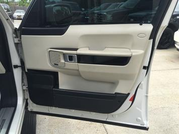 2009 Land Rover Range Rover Supercharged - Photo 35 - Cincinnati, OH 45255