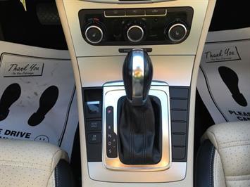 2012 Volkswagen CC Sport - Photo 17 - Cincinnati, OH 45255