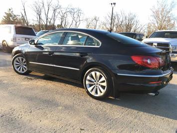 2012 Volkswagen CC Sport - Photo 12 - Cincinnati, OH 45255