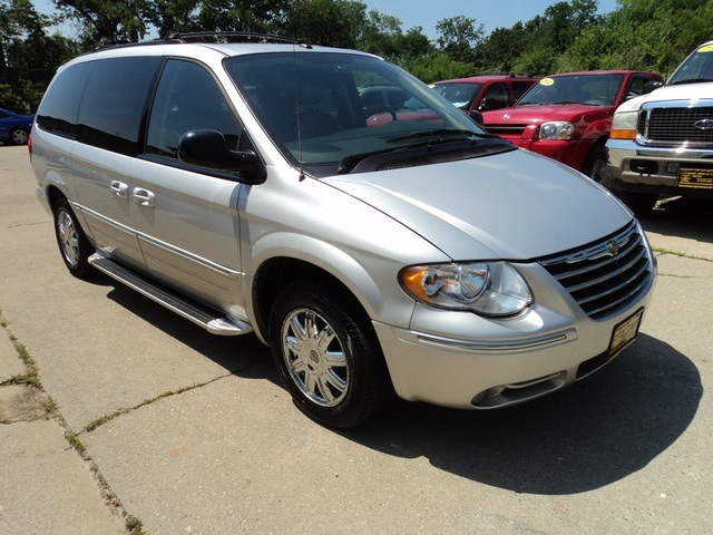2007 chrysler town country touring. Black Bedroom Furniture Sets. Home Design Ideas