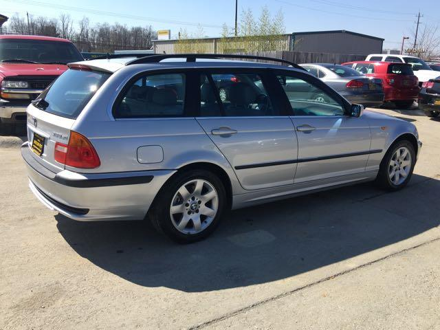 2002 BMW 325xi - Photo 6 - Cincinnati, OH 45255