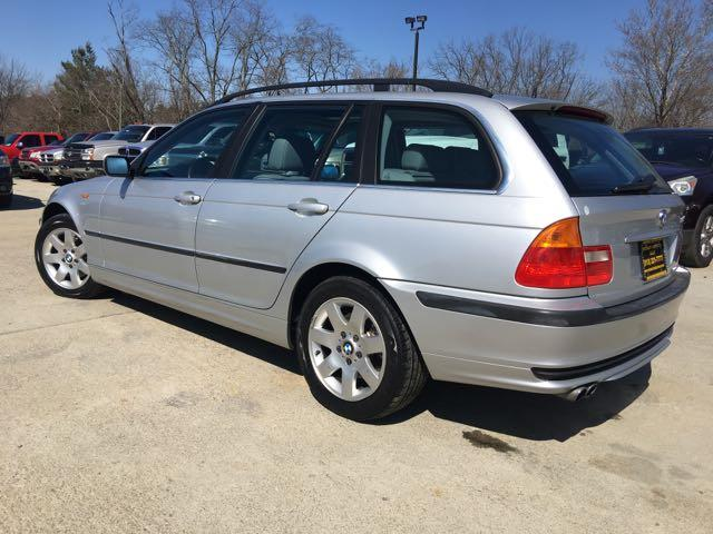 2002 BMW 325xi - Photo 13 - Cincinnati, OH 45255