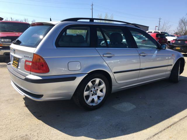 2002 BMW 325xi - Photo 12 - Cincinnati, OH 45255