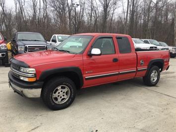 1999 Chevrolet Silverado 1500 LS 3dr - Photo 3 - Cincinnati, OH 45255