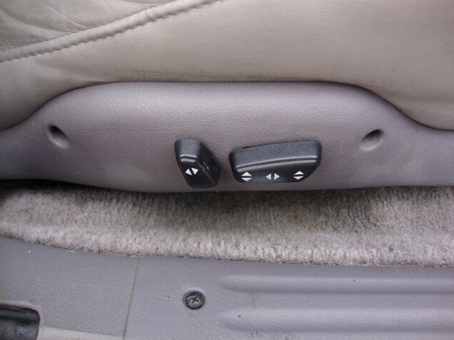 1997 Chrysler LHS - Photo 20 - Cincinnati, OH 45255